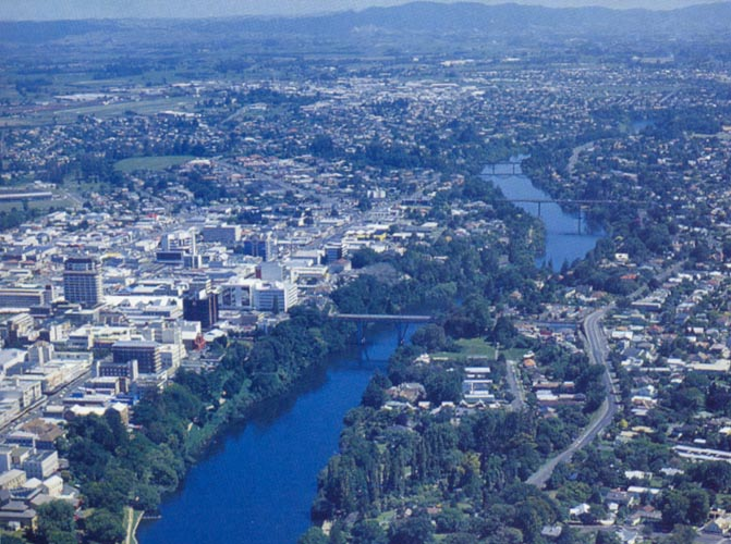 Aerial view of Hamilton city and the Waikato River